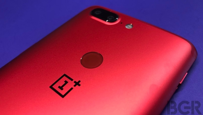 oneplus 5t lava red fingerprint