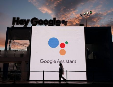 Google Assistant now lets users send and request money