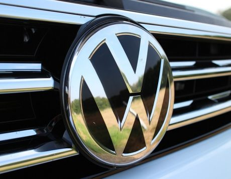 Scandal-hit Volkswagen expected to name new CEO