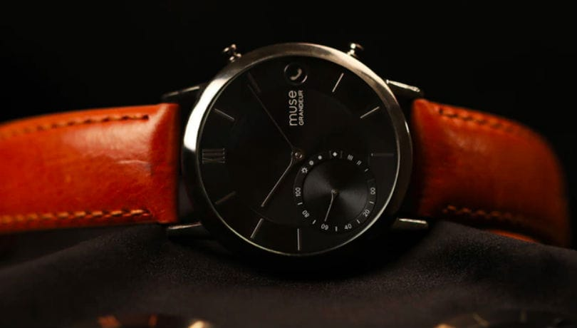 muse hybrid smartwatch