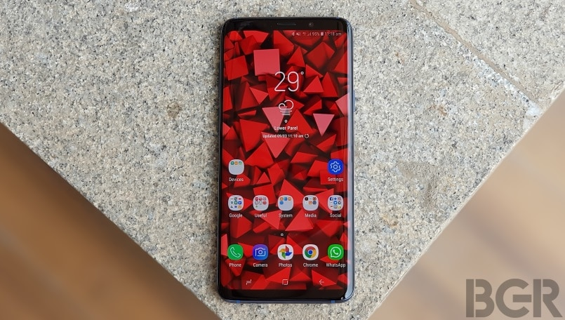 Samsung rumored to unveil the Galaxy X at CES and Galaxy S10 at MWC next year