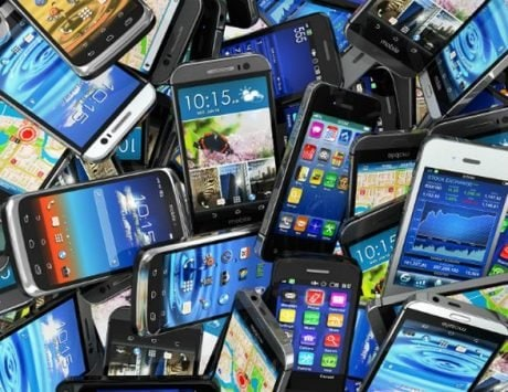 Smartphone shipments in India slip to 40.4 million units in Q3, 2018: Canalys