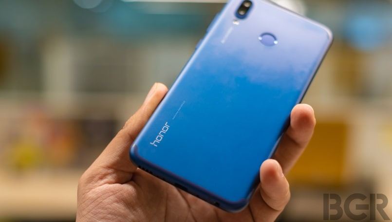 Honor 8X Max leaked poster hints at a tiny-notch like Oppo F9 Pro
