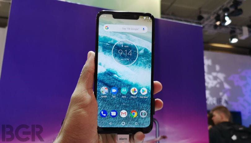 Motorola Moto One Power First Look