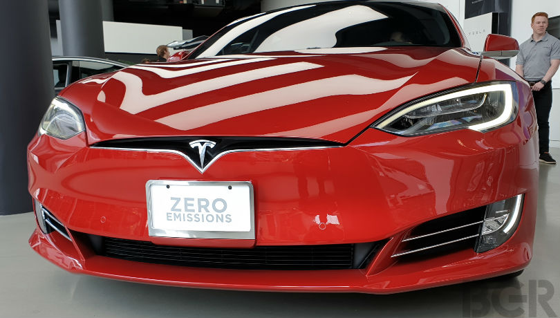 Self-driving Tesla hits a robot at CES 2019, damages it beyond repair