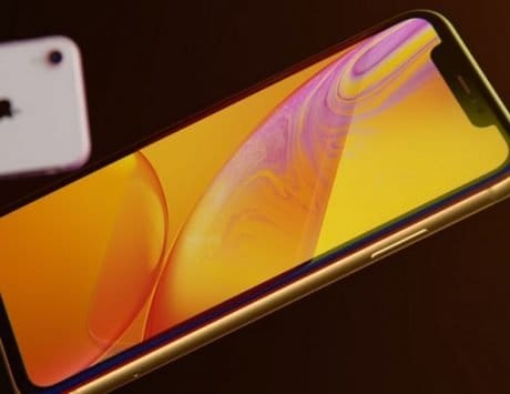 Apple iPhone XR pre-orders exceed Apple iPhone 8 and 8 Plus