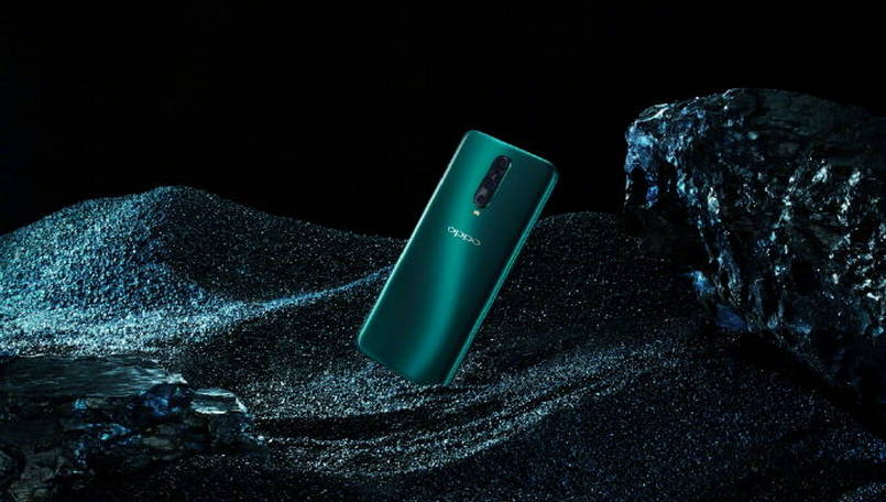 Oppo R17 Pro Condensed Green official images released; to launch in China soon