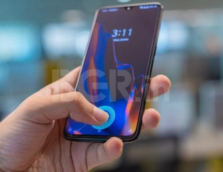 OnePlus 6T put through torture tests; in-display fingerprint scanner works despite scratches on the glass
