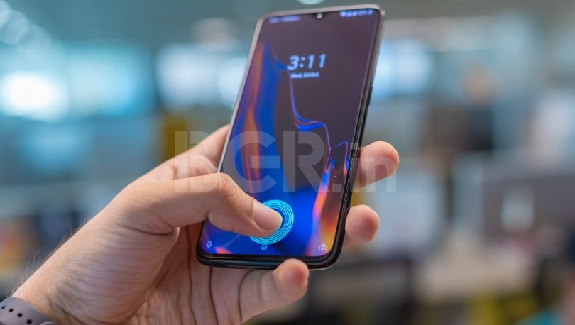e4d589bb0 OnePlus 6T put through torture tests  in-display fingerprint scanner works  despite scratches on