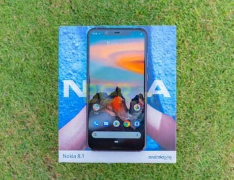 Nokia 8.1 vs Poco F1 vs Samsung Galaxy A7 (2018): Compared