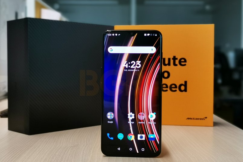 OnePlus 6T McLaren Edition First Impressions: Speed!
