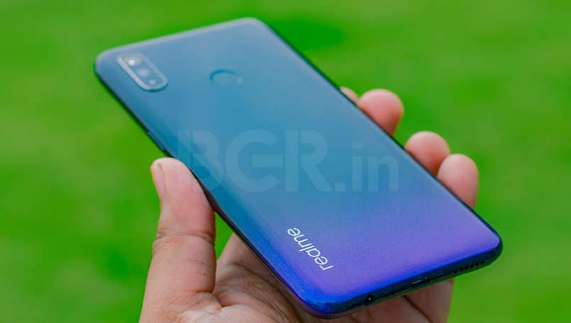 Realme 3 update rolls out, security patch, improved display etc