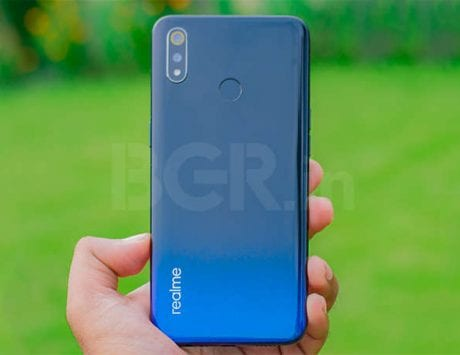 Realme 3 radiant blue color variant sale on March 26