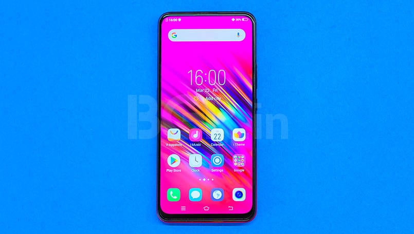 Vivo V15 Review: Front camera and design try to hold together an otherwise ordinary package