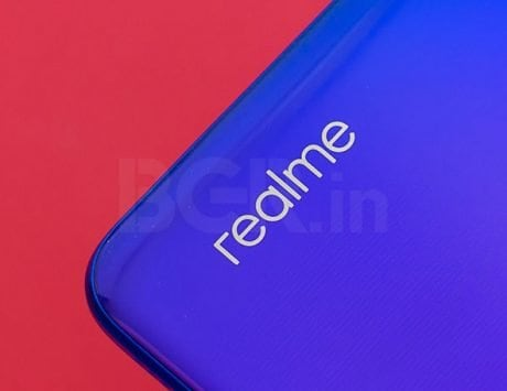 Realme compares 64-megapixel camera samples to competition's 48-megapixel