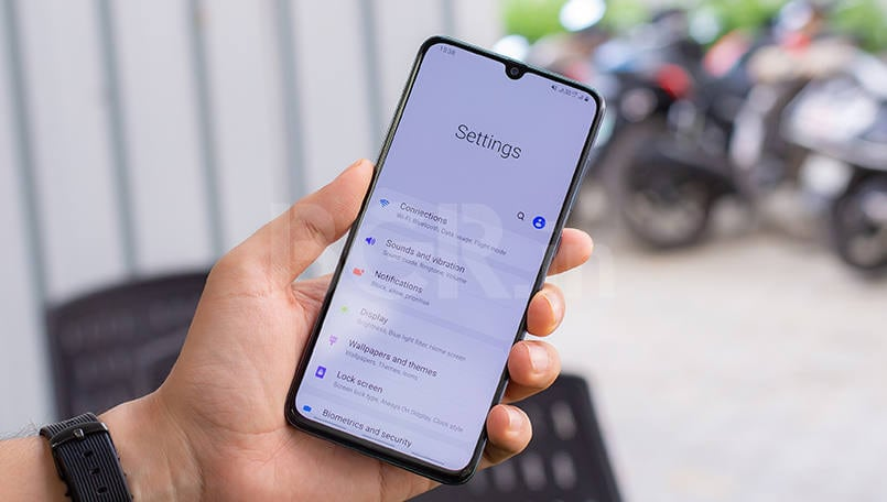 Samsung Galaxy A70 gets Galaxy S10's Super Steady Camera feature with new update