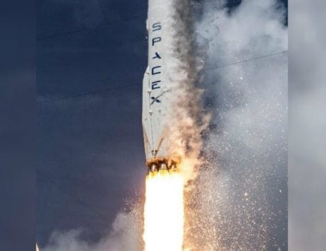SpaceX sends 60 Internet-beaming Starlink satellites into space