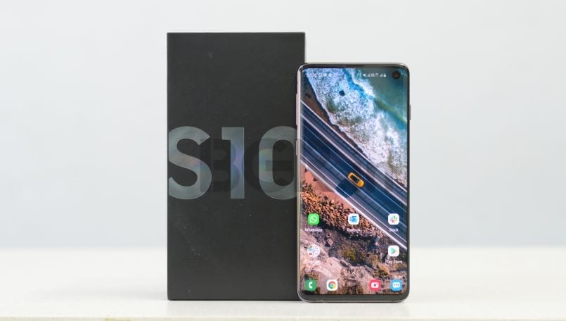 Samsung Galaxy S10 Review: Best of everything