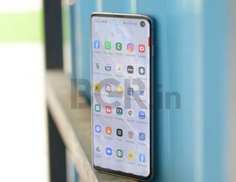 Samsung Galaxy S10 gets flat Rs 12,000 discount on Flipkart