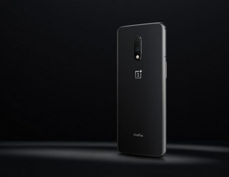 OnePlus 7 gets its first software update