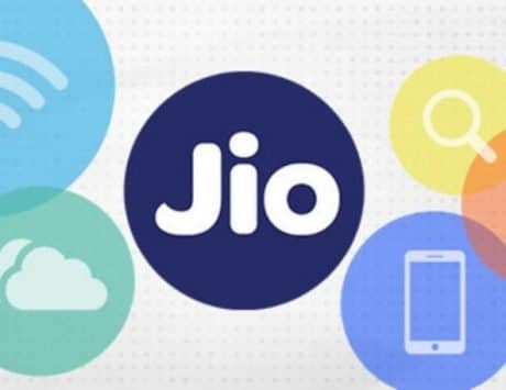 Reliance Jio is offering Rs 2,020 cashback