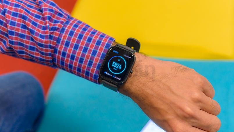 Huami Amazfit GTS Review: This Apple Watch lookalike is cheap and impressive