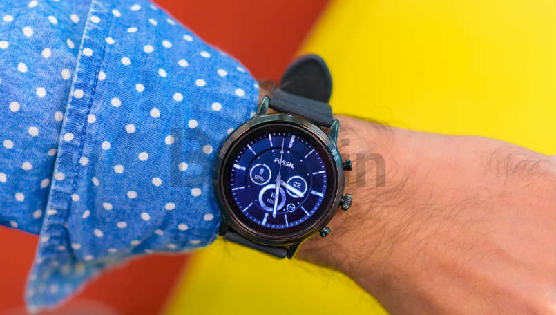 Fossil Gen 5 Carlyle HR Review: Great design letdown by Wear OS by Google