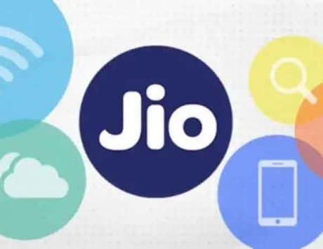 Jio launches in-flight data and voice service in India: Check details