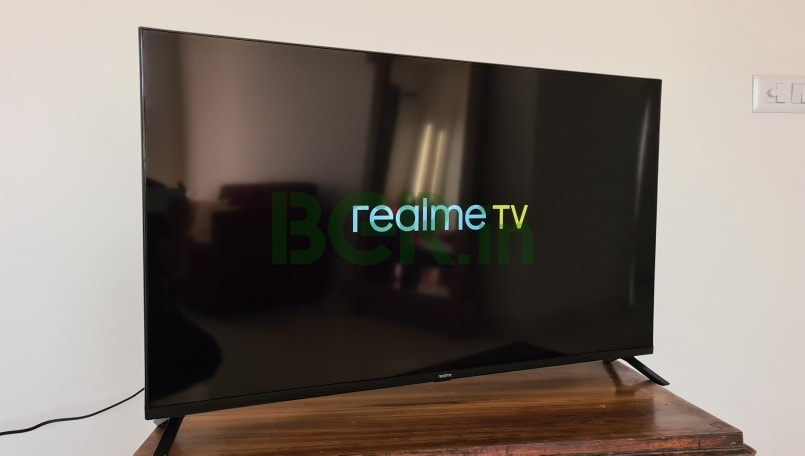 Realme TV to go on sale today at 12PM: Price in India, offers, features and more