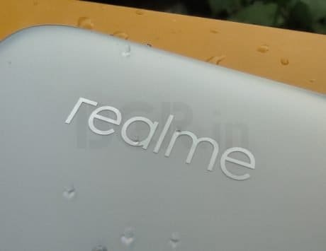 Unknown Realme smartphone bags FCC certification