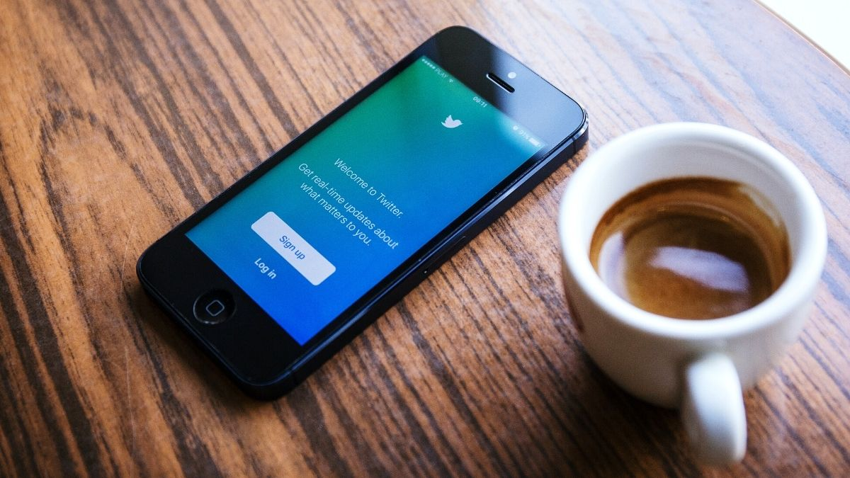 Twitter down: Users facing logout issues, failure to load feed and more