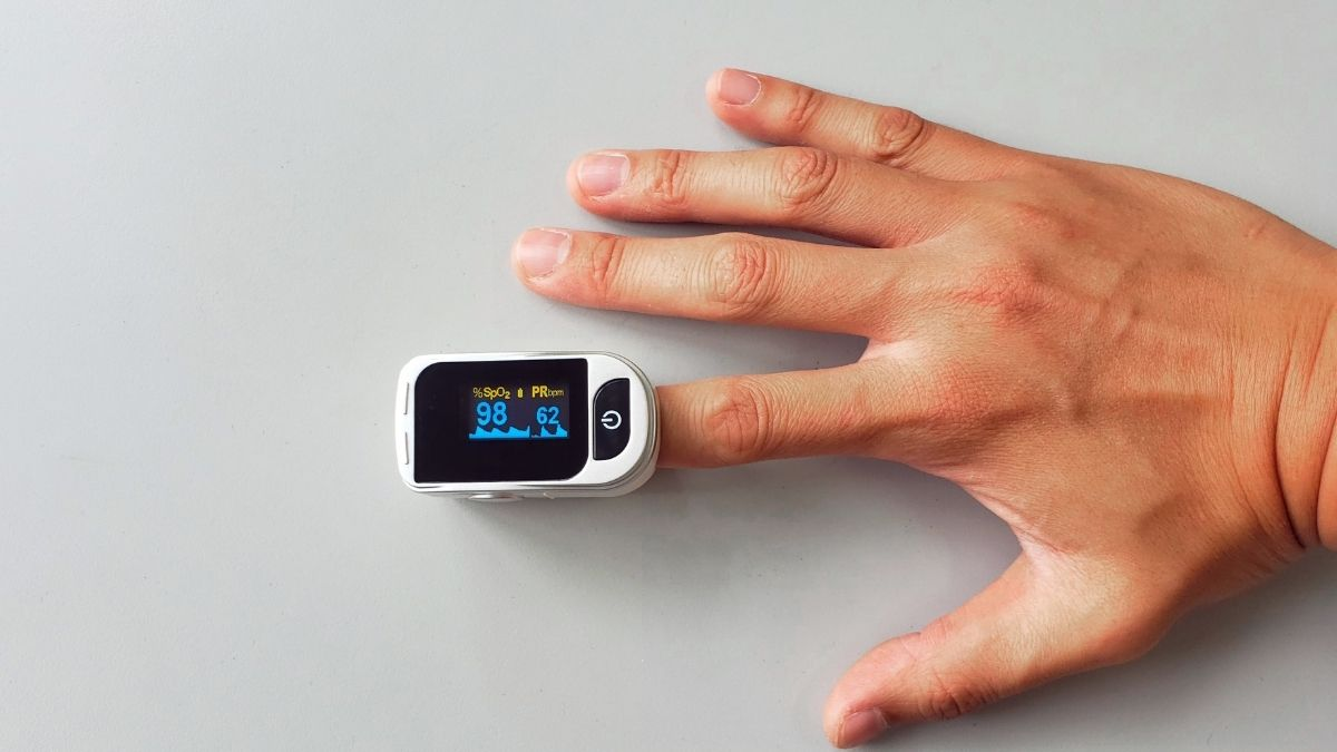 Pulse oximeters under Rs 1,000 to measure the oxygen saturation level or  SpO2