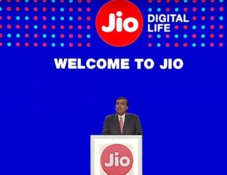Jio introduces chatbot to get information on 5G phone, laptop and more AGM 2021 details